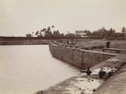 Calcutta Docks - Displacement of wall